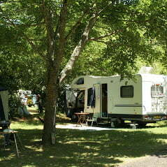 Standplaats elektriciteit Camping Rennes-les-Bains