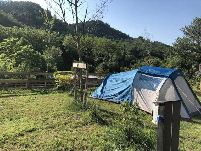 Standplaats tent camper caravanplaats camping Rennes-les-Bains